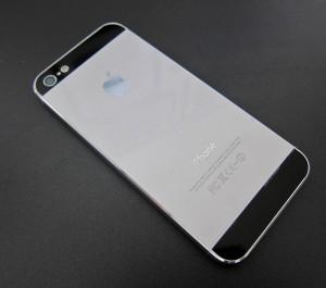 un iphone 5s gris argent pour septembre 2013 i. Black Bedroom Furniture Sets. Home Design Ideas